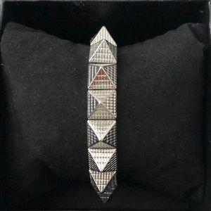 Jewelry - 🌸Studded Bracelet-Silver Tone🌸